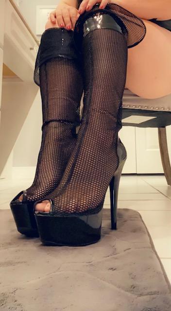 femdom fashion